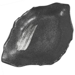 Medium plate: Chigiri