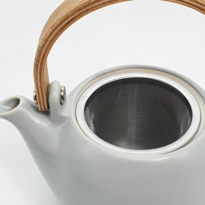 Miyama: Craftsman-made tea pot Gray