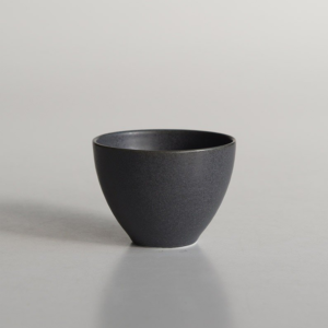 Miyama: Craftsman-made tea cups Black