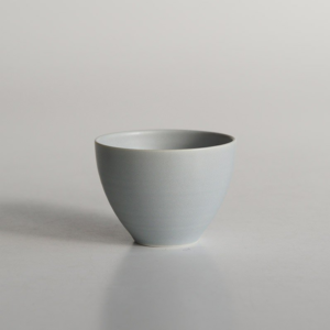 Miyama: Craftsman-made tea cup Gray
