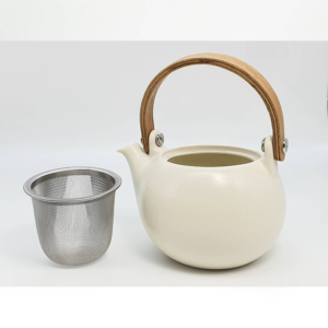 Miyama: Craftsman-made tea pot White