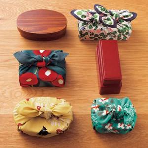Handmade Furoshiki cloth: Camellia Gray and red